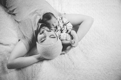 Shooting photo naissance / nouveaux-nés -1 © Lora